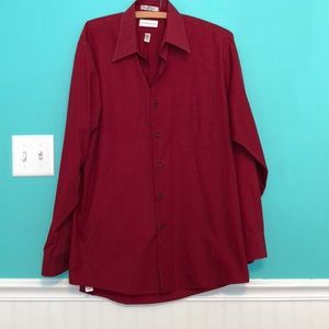 Men's large maroon dress shirt